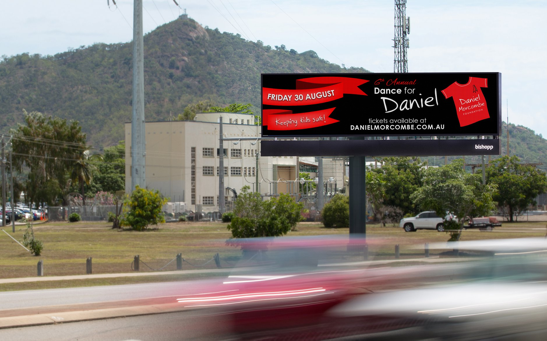 Special event marketing and advertising using out-of-home billboards